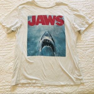 Gap Kids boys Jaws tee size 10-11
